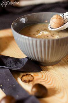 Maronisuppe aus gekochen Maroni mit Rahm. #vegetarisch #herbst #maroni #esskastanien #suppe #suppenliebe