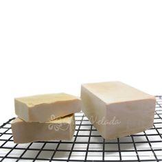Paso a paso con video tutorial para Cómo hacer Jabón de Castilla, un jabón muy conocido por sus propiedades.