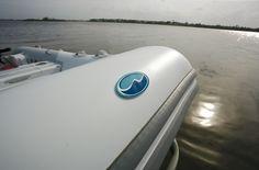 WalkerBay Genesis 270 FTL #embarcaciones #fibra #lanchas #motoras #yates #fuerabordas #intrabordas #barcos #cruceros #Boats #Runabouts #centerconsoles #deckboats #overnighters #cruising   jaloque.com/