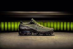 Preview: Nike Air VaporMax 'Military Green' - EU Kicks: Sneaker Magazine Dias Da Cruz, Esporte Fino, Tênis Masculinos, Tênis Nike, Moda Masculina, Melhores Tênis, Tênis Para Corrida, Tênis De Corrida Para Homens, Moda Sneakers
