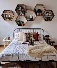 Cute Bedroom Decor, Room Ideas Bedroom, Small Room Bedroom, Bedroom Inspo, Bedroom Setup, Bedroom Shelves, Bedroom Ideas For Small Rooms For Teens, Bedroom Decorating Ideas, Boho Teen Bedroom