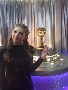 "Willow Shields has her eye on the prize! She danced to ""Atlas"" for her #HungerGames fans! Awesome costume!! #DWTS"