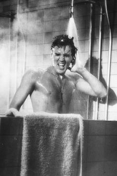 Elvis singing in the shower, 1960