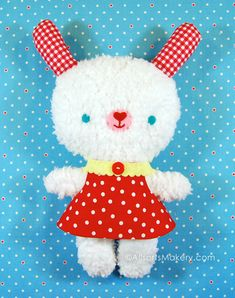 Softies + Toys We Love: Fluffy Stuffy Bunny | Sew Mama Sew |