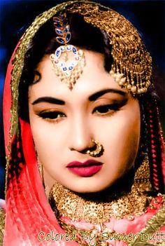 Doesn't get any better! The legend Meena Kumari💕 # pakeezah Vintage Bollywood, Indian Bollywood, Bollywood Fashion, Bollywood Girls, Beautiful Bollywood Actress, Most Beautiful Indian Actress, Beautiful Actresses, Indian Celebrities, Bollywood Celebrities