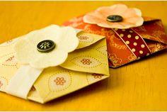 紙でつくる簡単サシェで洗濯物をほんのり香りづけ | roomie(ルーミー)