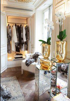 / gorgeous closet /orchids and vase
