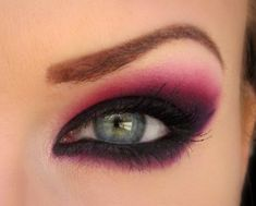 Makeup love..wonder if I can do this or if I would look like a clown