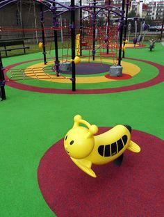 Nawierzchnia bezpieczna na plac zabaw