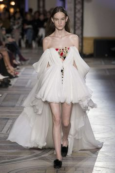 Giambattista Valli, Primavera/Estate 2018, Parigi, Haute Couture