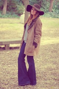 Monday Inspiration 1970S, 1970S FASHION, 1970S INSPIRATION, BELL BOTTOMS, BOHO CHIC, FASHION BLOGGER, RETRO, VINTAGE SUNGLASSES, WIDE LEG JEANS, WOODSTOCK