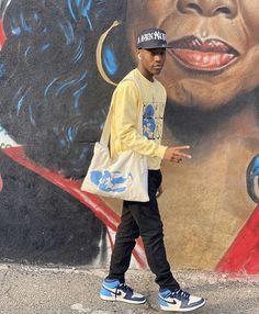 Cool Outfits For Men, Stylish Mens Outfits, Mode Streetwear, Streetwear Fashion, Black Men Street Fashion, Poses, Look Fashion, Menswear, Lifestyle