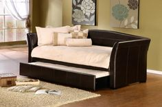 1560DBT by Hillsdale Furniture at Schewels VA - Montgomery Daybed with Trundle