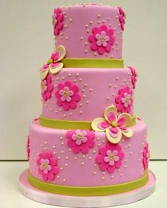 Little girl pink birthday cake