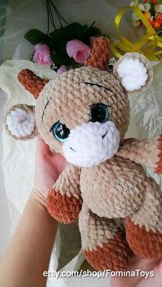 Crochet Bee, Kawaii Crochet, Crochet Baby Toys, Cute Crochet, Crochet Crafts, Crochet Dolls, Baby Knitting, Crochet Projects, Crochet Animal Patterns