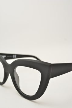 Logos PAOLA black matte eyewear #glasses #eyewear #logos #butterfly #butterflyshape #blackmatte #bassanodelgrappa #designglasses #design #cheap online store at www.bassanooptical.com