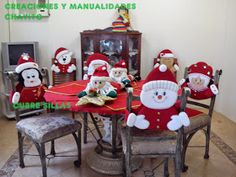 """Creaciones y Manualidades """"Chayito"""": moldes cubre-sillas Christmas Sewing, Christmas Embroidery, Christmas Love, Christmas Holidays, Christmas Ornaments, Indoor Christmas Decorations, Christmas Table Settings, Felt Decorations, Christmas Chair Covers"""