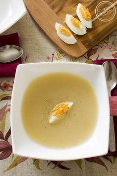Po prostu pycha :) Kremowa zupa ziemniaczana z wyrazistym smakiem chrzanu. Idealna. Od razu skojarzyła mi się z najlepszym białym barszczem na Wielkanoc.