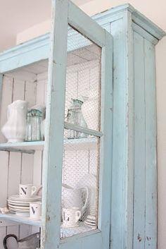 wood cupboard, display, shabby look