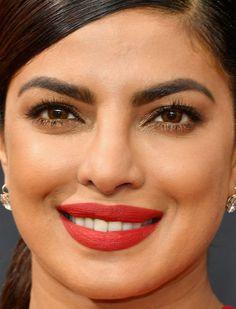 Close-up of Priyanka Chopra at the 2016 Emmy Awards. http://beautyeditor.ca/2016/09/22/emmy-awards-2016