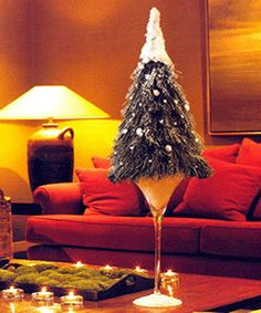 christmas-tree-miniature-table-decor-centerpiece-decoration-ideas