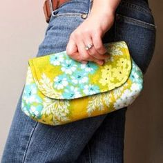 oh sew fresh: Free clutch pattern with tutorial!