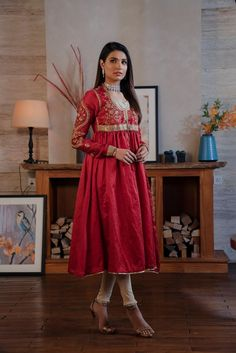 Ethnic by Outfitters Fancy Winter Dresses Casual Shirts Designs 2020 Collection consists of linen khaddar shawl dresses, velvet suits, stitched kurtis Winter Dresses, Casual Dresses, Fashion Dresses, Formal Dresses, Winter Suit, Velvet Suit, Shirt Designs, Dress Designs, Summer Suits