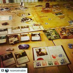 Amanhã é dia de Eldritch Horror com Montanhas da Loucura! #eldritchhorror #boardgame #DeliDaPersy #galapagosjogos #arkhamfiles