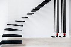Este payaso gigante soportará las escaleras y tejados más pesados de tu casa.