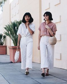 on wednesdays we wear linen. with @melissasonico in our new @rachaelharrah shirts. get 10% off with code calivintage through may 1st!