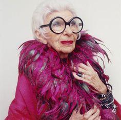 Homenagem de Doris Biscudo a Iris Apfel.