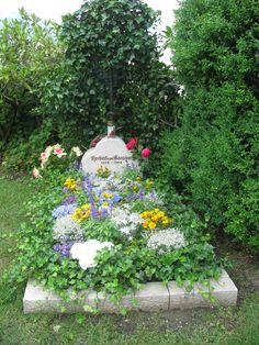 Herbert von Karajan sírja Anifban. The famous conductor Herbert von Karajan's grave in the churchyard in Anif, near Salzburg.
