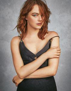 Victor Demarchelier, Actress Emma Stone, Non Plus Ultra, Grazia Magazine, Beautiful Female Celebrities, Beautiful Women, Beautiful Goddess, Gorgeous Redhead, Louis Vuitton
