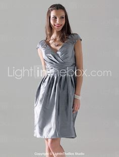 brides maid dress?!     Sheath/ Column V-neck Short Sleeve Knee-length Taffeta Bridesmaid Dress - USD $ 68.59