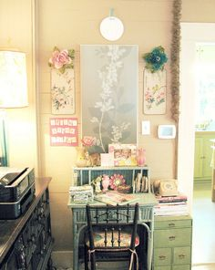 I love this room! Its girly and shabby, but not toooo girly and pink. It's perfectly done!