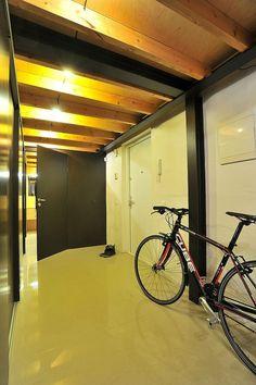 Loft Apartment by Inblum