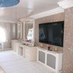 39 Vintage Glitter Wall Paint Design Ideas For Your Room Glitter Bedroom, Glitter Paint For Walls, Sparkly Bedroom, Glitter Home Decor, Sala Glam, Glitter Accent Wall, Woman Cave, Glam Room, Home Living