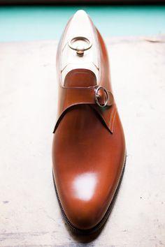Le marcher de la Plaine   TYE Shoemaker Thanks to NutCracker, THE japanese...