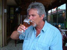 Ich mit leckeres Belgisches Bier I with delicious Belgian beer