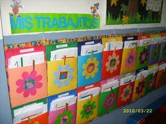 Image detail for -Carpetas de cartulina en el muro para guardar trabajos de la semana
