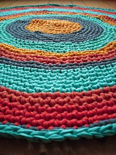 Summer crochet rug inspiration Tarn {T-shirt Yarn}. http://www.tarnsa.co.za/
