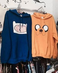 Did an employee put these together on purpose Teenager Outfits, Girl Outfits, Fashion Outfits, Cute Comfy Outfits, Trendy Outfits, Abenteuerzeit Mit Finn Und Jake, Mode Kawaii, Best Friend Outfits, Kawaii Clothes