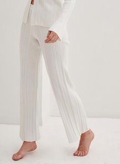 4th & Reckless | Aspen Knitted Wide Leg Trouser White Instyle Fashion, Asos, Wide Leg Trousers, White Style, Style Guides, Lounge Wear, Fashion Brands, Going Out, Latest Trends