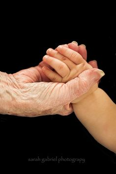 ♥️️️Todays theme has been chosen by Carmen, she has picked hands, especially those of grandparents and children, a wonderful theme♥️