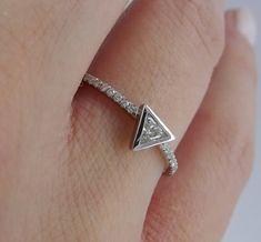 Image result for trilliant cut diamond settings