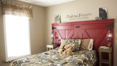 I am so going to try and make this for my horse girl, Jade. Barn door headboard. Awesome!