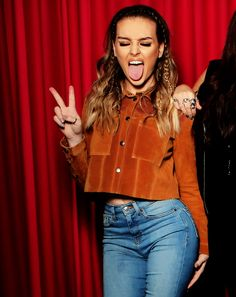 love her style … (Little Mix) Jesy Nelson, Little Mix Style, Love Her Style, Perrie Edwards Style, Little Mix Perrie Edwards, Woman Crush, Girl Crushes, My Idol, Celebrity Style