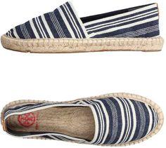 b84a4d4c24187a Tory Burch Espadrilles Flat Espadrille Sandals