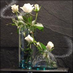 Vasen Blush aus recycltem, transparenten Glas.