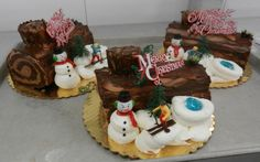 Yule log cakes! Cake boss! Hell ours are better...